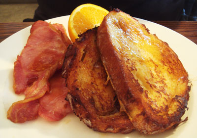 French toasts with bacon and maple syrup