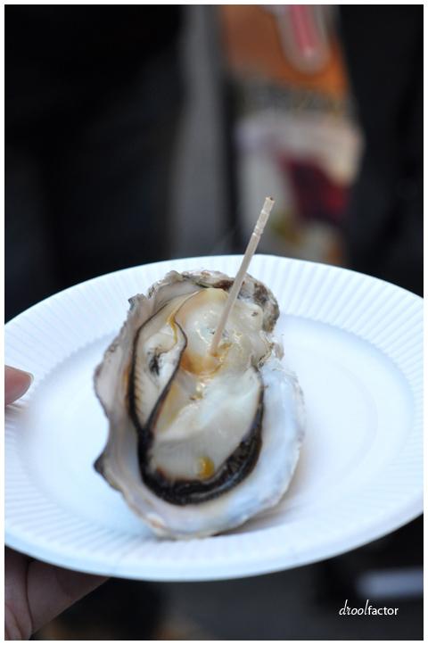 tsukiji_oyster